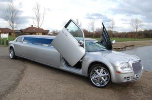 chrysler c300 limo hire corby